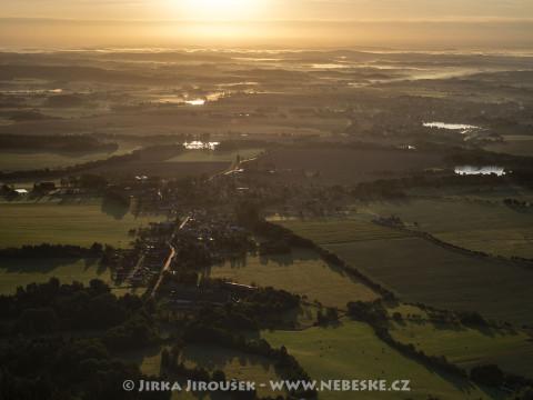 Rožmitál pod Třemšínem – svítání J57