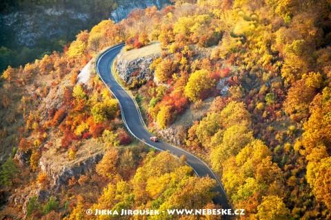 Silnice u Berounky /J51