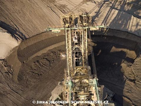 Těžba uhlí /J30