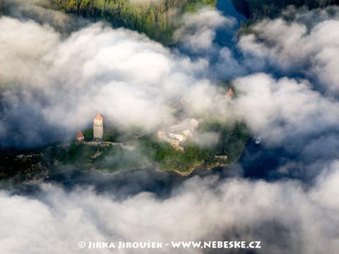 Tajemný hrad Zvíkov na soutoku Otavy s Vltavou