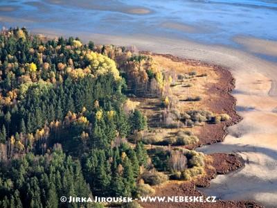 Na břehu rybníka Olšina /J457