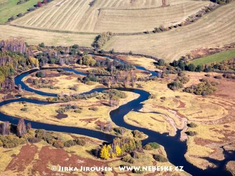 Meandry Vltavy před Lipnem u Nové Pece