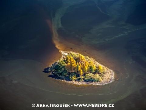 Ostrov Tajvánek u Hůrky /J751