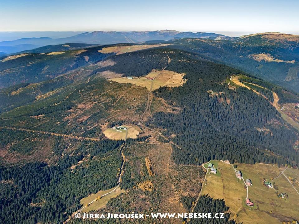 Liščí hora – Lišcí louka, Lesní bouda, Lyžařská bouda /J550