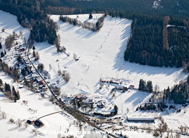 Kašperské Hory – skiareál J793