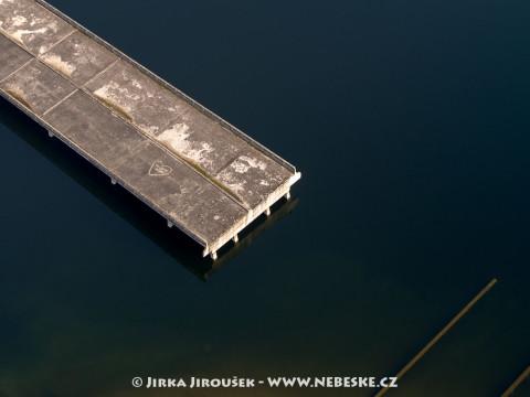 Nedokončený most přes Želivku – vodní nádrž Švihov /J234