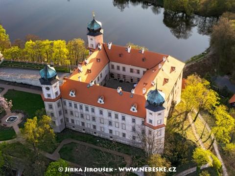 Zámek Mníšek pod Brdy /J219