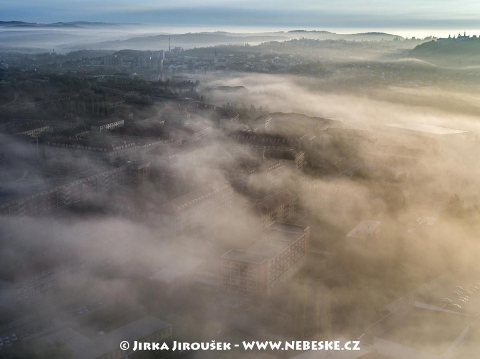 Nová Příbram a Svatá Hora na obzoru /J876