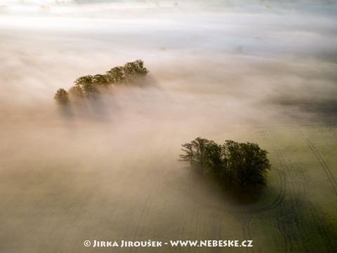 Mlhy na Sedlčansku /J625