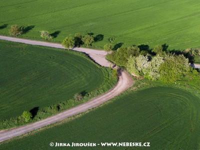 Jarní pole /J652