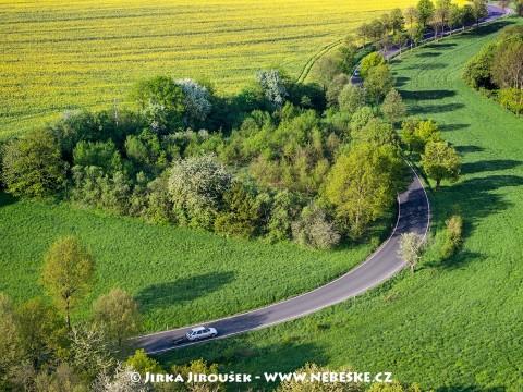 Cesta Křečovice – Velběhy /J656