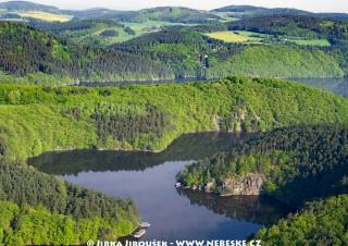 Potok Mastník se vlévá do Vltavy /J663