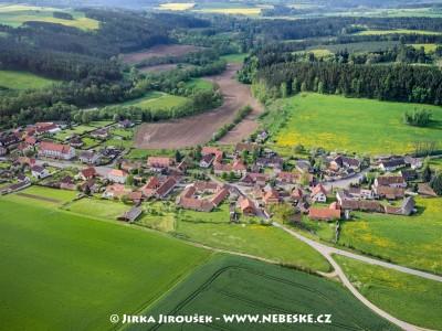 Drážkov a údolí Brziny /J669