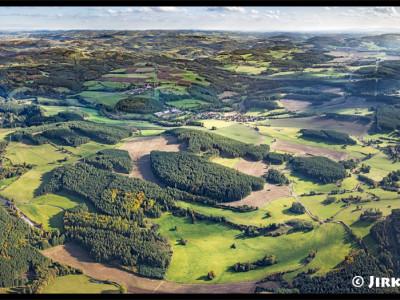 Střední Povltaví – pohled na sever ke Kamýku /J843