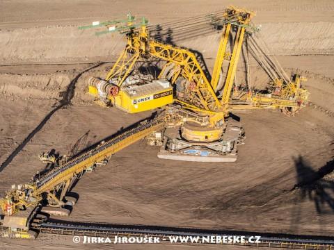 Kolesové rýpadlo UNEX KU800/7, důl ČSA /J186