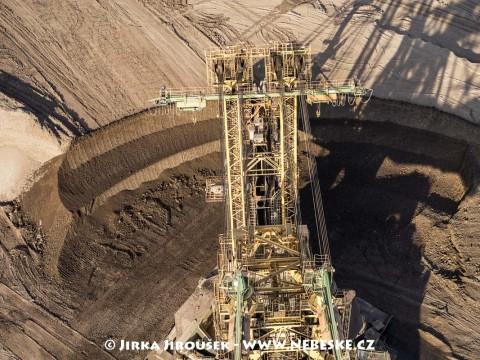 Detail kolesového rýpadlo UNEX KU800/13, důl ČSA /J188