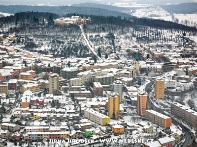 Centrum Příbrami a Svatá Hora v zimě /J939