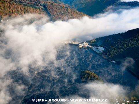 Hráz přehrady Orlík