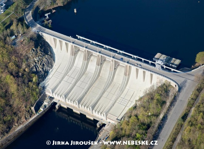 Slapy přehrada /J689