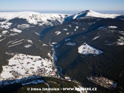 Pec pod Sněžkou s Obřím dolem /J574