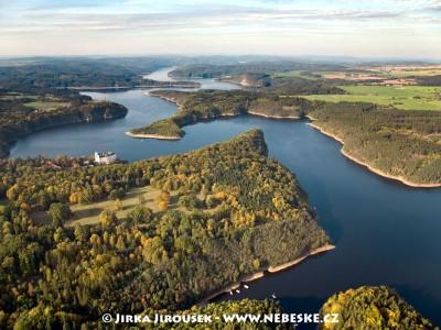 Vltava u Orlíku od Žďákovského mostu /J814