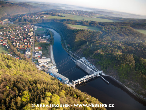 Štěchovice – přehrada a obec