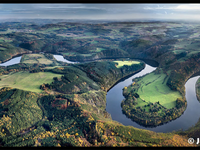 Kamýcká nádrž na Vltavě – podzimní panorama /J1068