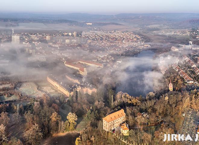 Dobříš – podzimní panorama /J1071
