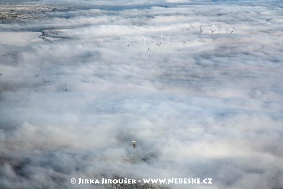Kryštofovy Hamry – větrné elektrárny /J1112