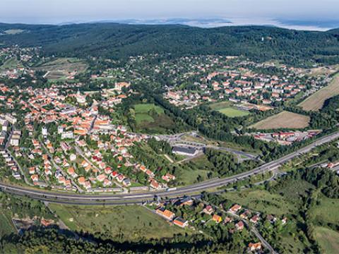 Mníšek pod Brdy a hřeben Brd /J1072