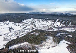 Dominikální Paseky a Brdy v zimě /J1201
