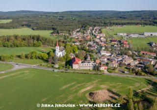 Bohutín – kostel a škola /J1192