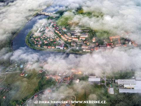 Kamýk nad Vltavou – přehrada a centrum