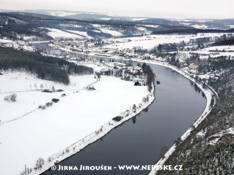 Kamýk nad Vltavou zimní