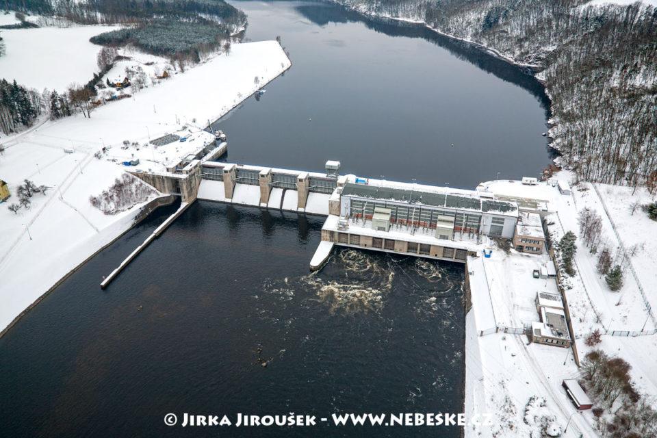 Kamýk nad Vltavou přehrada /J1265