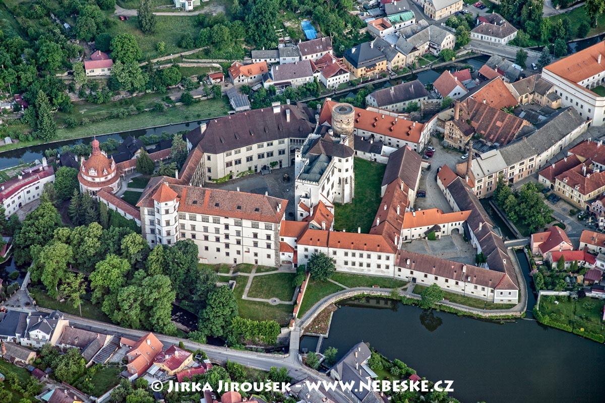 Bildergebnis für jindrichuv hradec  zamek
