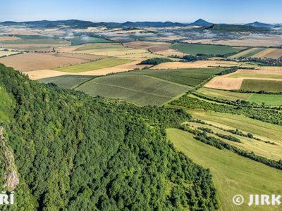 Hazmburk v Českém středohoří, panorama J1339