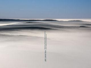 Nebeské pohledy na Středočeský kraj – otevřená obálka