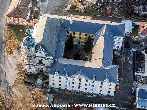 Obořiště – rekonstrukce kostela J1367