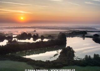 Třeboň ráno J1516