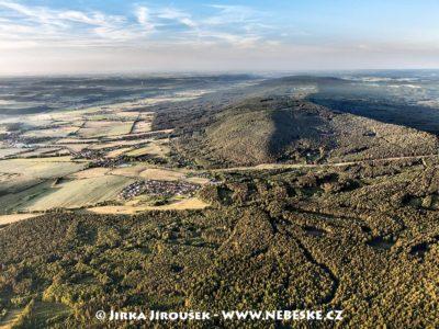 Od Studeného vrchu na Hradec J1617