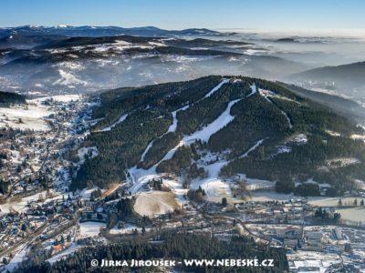 Tanvaldský Špičák a Albrechtice v Jizerských horách J1632