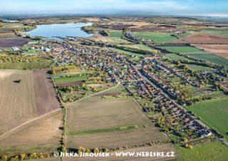 Sedlec a rybník Nesyt J1748