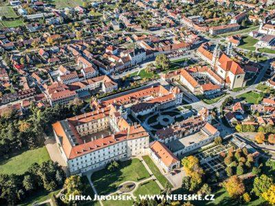 Zámek a náměstí Valtice a muzeum J1767