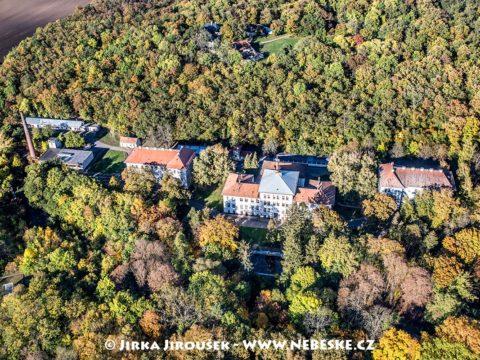SOU, SPŠ, Hostel Valtice J1774