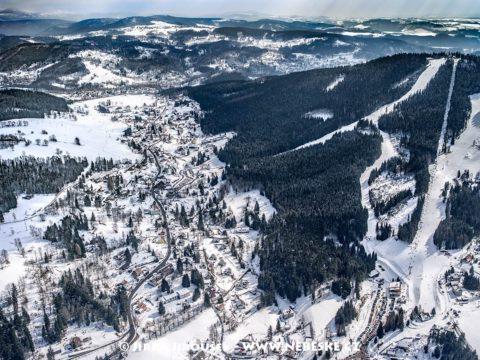 Albrechtice v Jizerských horách a Tanvaldský Špičák J1634
