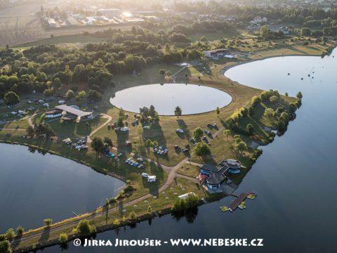 Štěrkovna Hlučín, Hlučínské jezero J1880