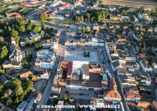 Hlučín náměstí J1892