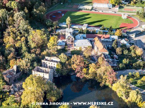 Břeclav – zámek a náměstí J1840