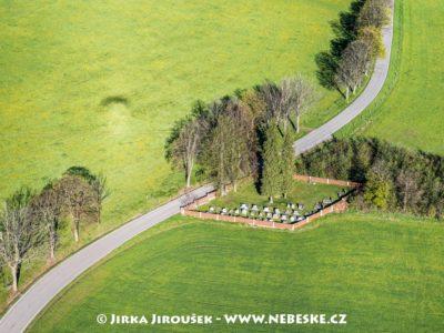 Nahořany hřbitov J1975